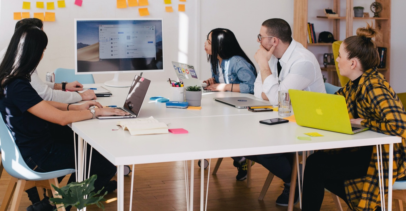 5 ways we can help in the new-normal meeting room thumbnail